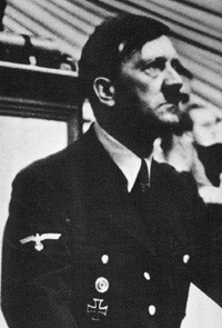 Hitler au Congres nazi de   Nuremberg, le 12 septembre 1938
