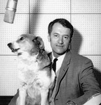 Georges de Caunes, l'amoureux des chiens.